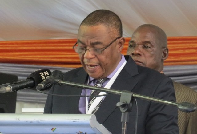Chiwenga tell contractors to 'deliver or quit'