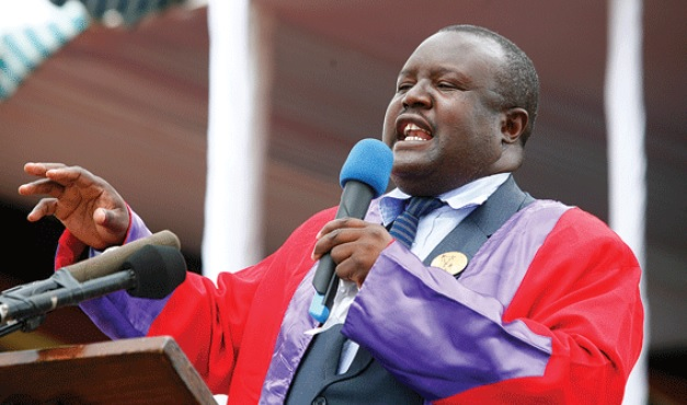 Chiefs are not politicians, says Charumbira