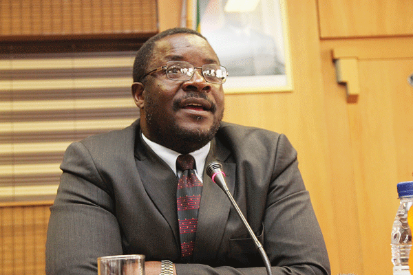 Charamba scoffs at Chamisa's vitriol attacks on Zec