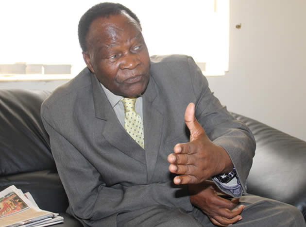Zim to reopen closed mines, says Hungwe