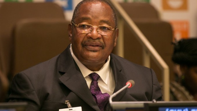 Stop treating Obert Mpofu with kids gloves