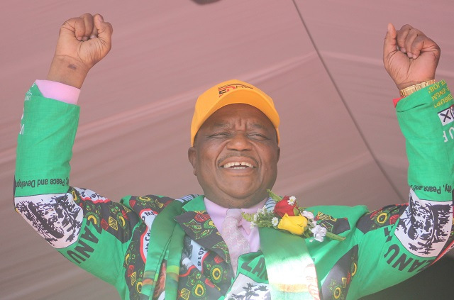 Accept poll results, says Chiwenga