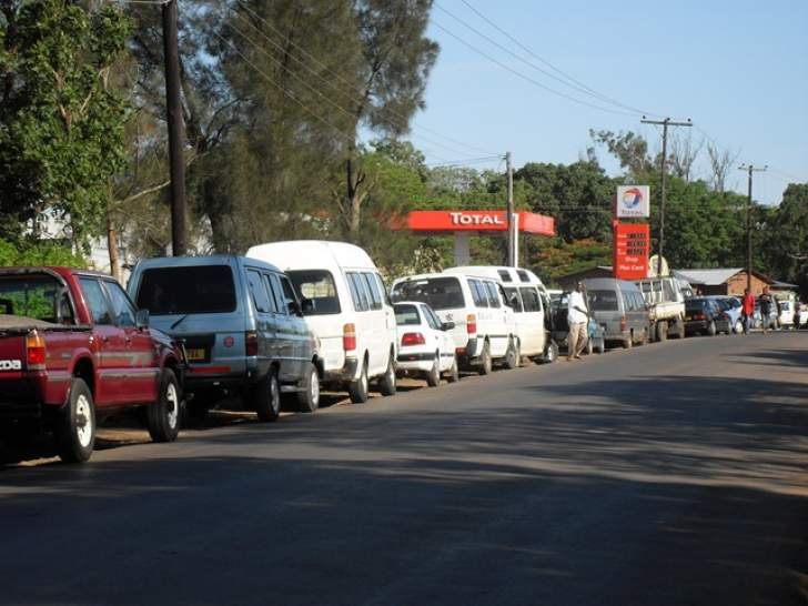 Govt blames fuel crisis on foreign currency shortages