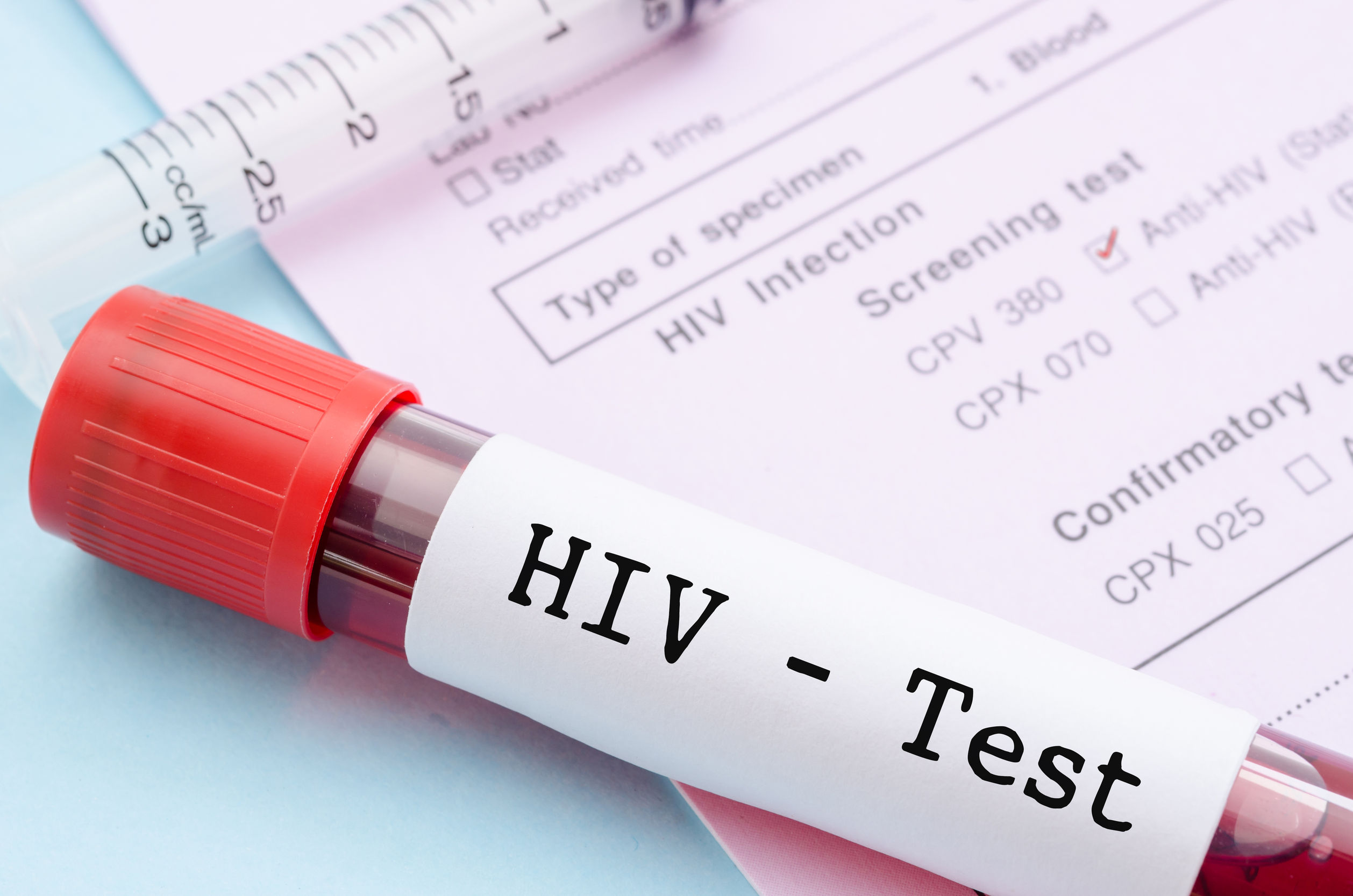 Zimbabwe defers HIV drug roll out