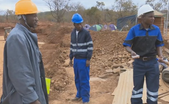 Small miners seek partnerships