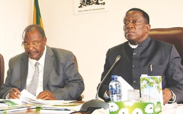 Obert Mpofu offered to step down
