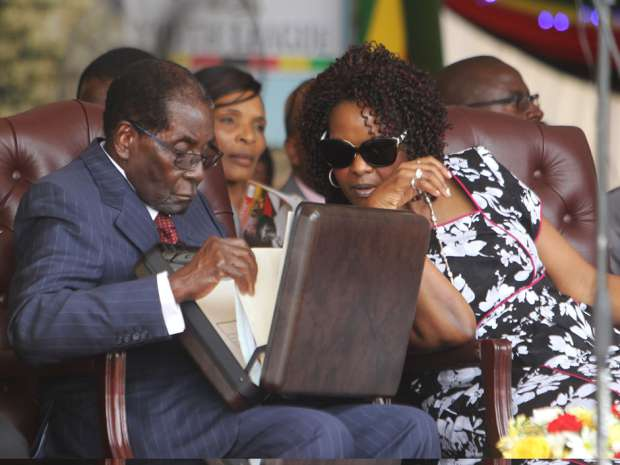 Mugabe keeps Parly guessing